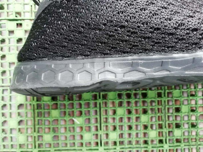 蒸れない靴